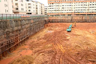广西中医学院一附院仙湖门诊综合楼深基坑支护项目